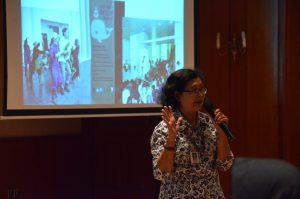 Kabid Kemitraan dan Promosi Menyampaikan pemaparan mengenai sejarah museum dan permuseuman