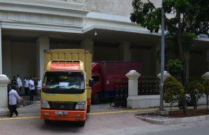 Pemindahan Koleksi Museum Nasional ke Storage TMII